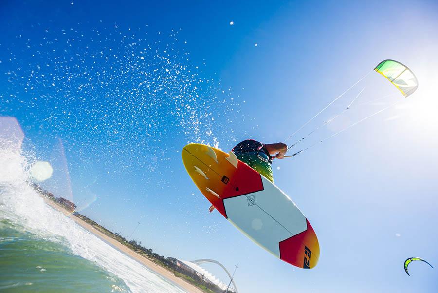 Kitesurfing the easterly's